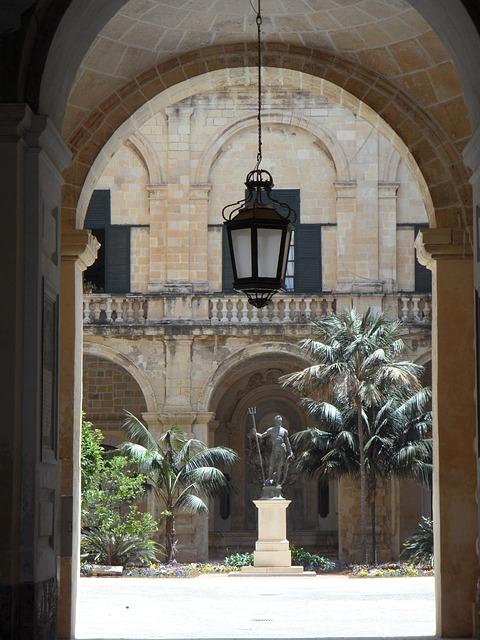 English Courses Malta
