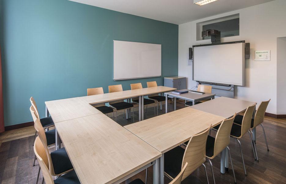 gls berlin adult german courses cactus language. Black Bedroom Furniture Sets. Home Design Ideas