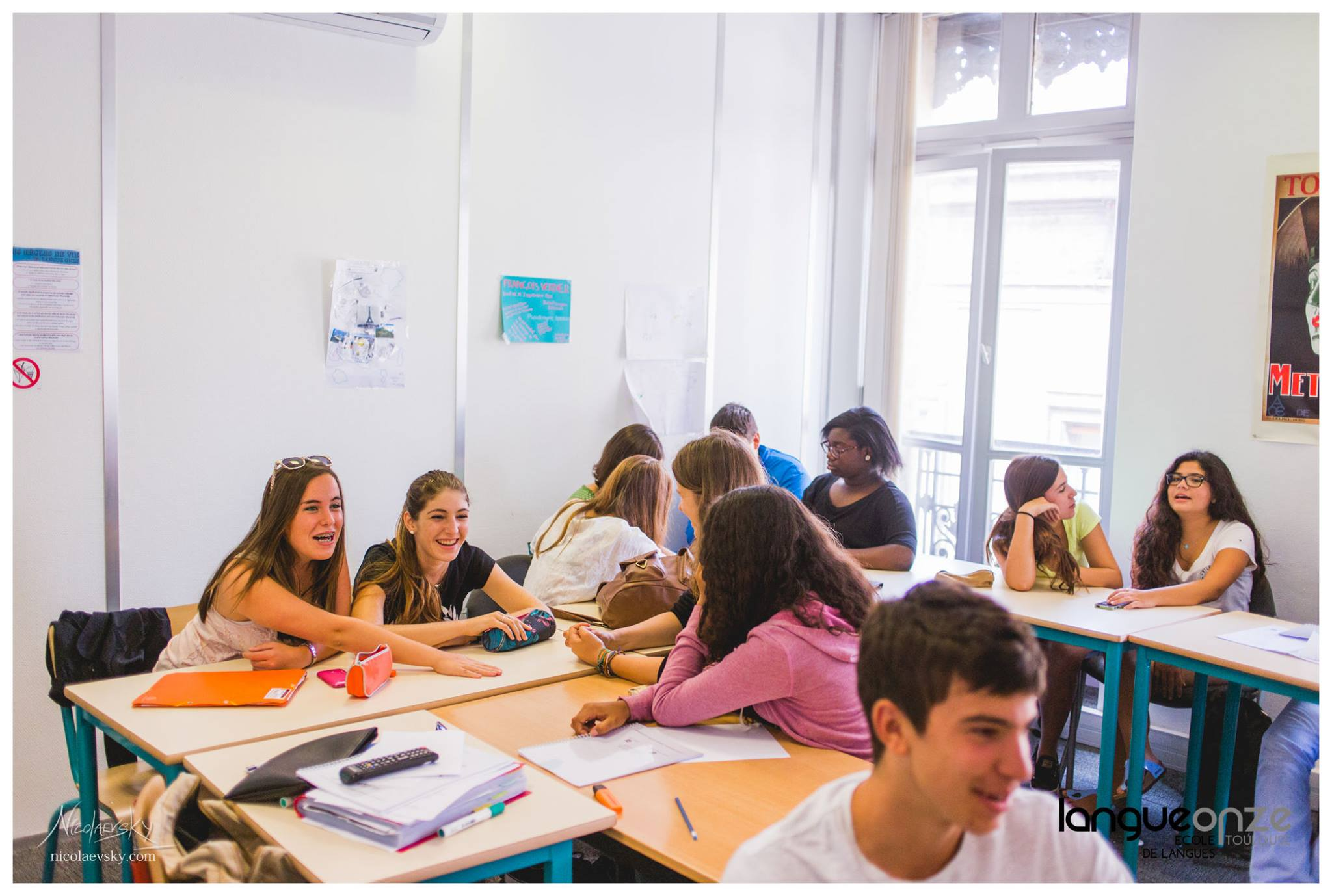 Картинки по запросу Junior French summer camp, Toulouse